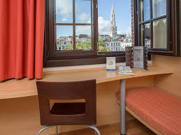 Grande Table Haute by Cheap Hotel Brussels Ibis Near Grand Place