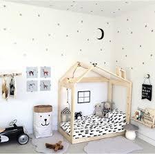 chambre bébé montessori décoration chambre bebe montessori 39 aixen provence 09360337