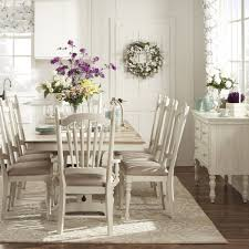 the importance of dining room chairs with arms