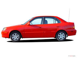 2004 hyundai accent manual image 2004 hyundai accent 4 door sedan gl manual side exterior
