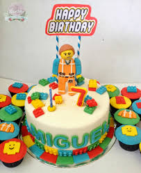 the blue cottage fondant birthday cake and cupcakes emmet lego