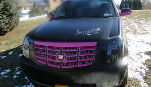 snooki cadillac escalade snooki s awful cadillac escalade is for sale and can be all yours