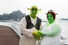 Wedding Pictures Shrek Wedding Dresses As Princess Fiona And Shrek For