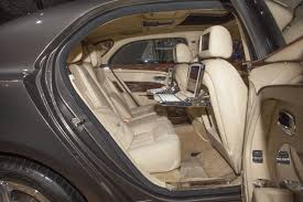 bentley mulsanne 2014 bentley mulsanne debuts at new york motor show extravaganzi