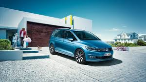volkswagen touran the 7 seater family car from volkswagen
