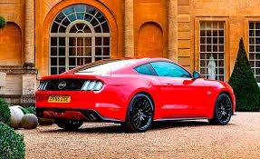 ford mustang gt uk ford s v8 mustang is brutishly brilliant this is