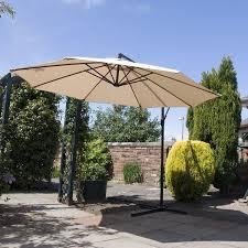 Large Cantilever Patio Umbrella Best 25 Cantilever Parasol Ideas On Pinterest Large Patio