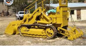 classic machines the cat 933 traxcavator youtube