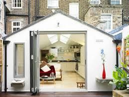 transformer un garage en chambre aménager un garage en chambre mission possible archzine fr