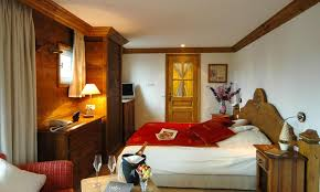 hotels in courchevel hotel spa and restaurant les peupliers