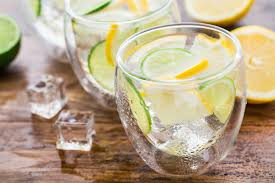 Does Lemon Water Make You Go To The Bathroom What Are The Dangers Of The Lemon Water Diet Livestrong Com