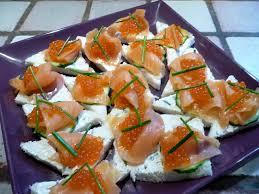 recette de canapé avec de mie v canapes au saumon fume le culinaire