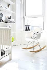 fauteuil maman pour chambre bébé rocking chair chambre bb gro le rocking par michael svane