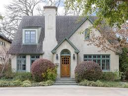 25 best ideas about tudor cottage on pinterest tudor modern tudor house colors home decor wisestories us