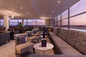 airport lounges gatwick airport