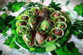 White Chocolate Covered Strawberries Around Froggy U0027s Sweets U0026 More Chocolates U0026 Gifts Pickerington Oh