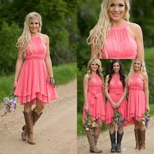 casual country wedding dresses best 25 country bridesmaid dresses ideas on country