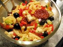 recette de salade de pâtes à la grecque la recette facile
