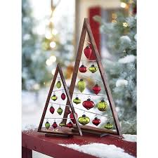 great idea for displaying a special set of ornaments or hanging
