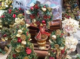 manila shopper shopping for christmas decors at dapitan arcade