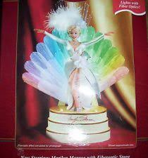 tree ornaments hallmark carlton cards marilyn