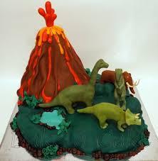 volcano cake cake by bakeacakebp cakesdecor