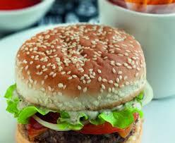 cuisiner un hamburger hamburger maison recette de hamburger maison marmiton