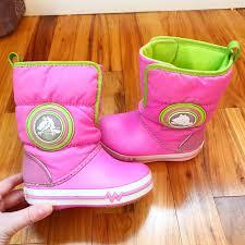 crocs light up boots crocs other light up girls snow boots poshmark