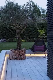 led outdoor strip lighting la led possède plus d u0027un atout gardens patio trees and patios