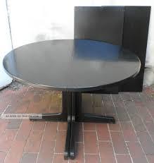 Esszimmertisch Rund Ausziehbar 1 Antiker Thonet Tisch Rund Von 1978 Esstisch Schwarz Holz