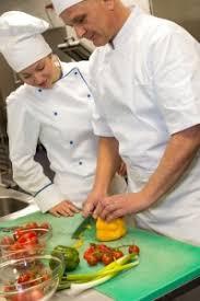 seconde de cuisine employé e en cuisine