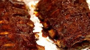 easy oven baked ribs u0026 sriracha bbq sauce youtube