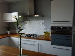 cuisine metro delightful decorer cuisine toute blanche 5 credence cuisine metro