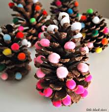 ombre christmas tree pinecone fun craft for the kiddos and hardly