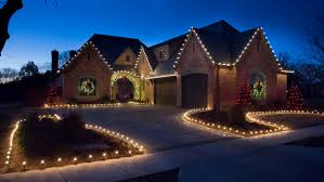How To Hang Christmas Lights by How To Prevent Common Home Holiday Hazards U0026 Accidents
