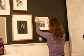 how to hang picture frames that have no hooks house tweaking