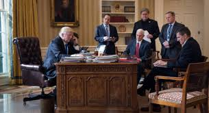 trump in oval office how trump has changed the oval office so