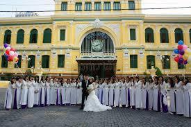 bureau de poste priest serré bureau de poste central de saigon étudiant mariée
