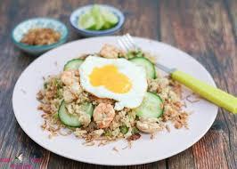cara membuat nasi goreng untuk satu porsi 10 resep nasi goreng rumahan yang populer di indonesia