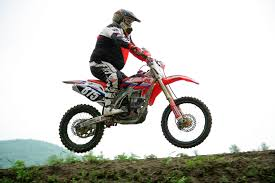 dirt bike motocross racing racing motocross dirt bike dirt motorcycle motorsport free