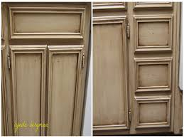 How To Antique White Kitchen Cabinets by Antiquing Kitchen Cabinets Distressed Kitchen Cabinetsdistressed