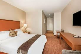 hotel ramada flushing queens ny booking com