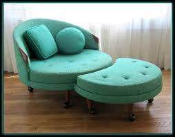 Turquoise Armchair Best 25 Turquoise Chair Ideas On Pinterest Teal Carpet Chairs
