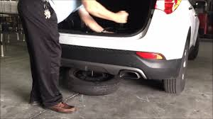 kereta hyundai elantra 2015 how to remove spare tire hyundai santa fe youtube