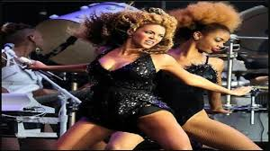 Beyonce Coachella by Solange And Beyonce Dancing At Coachella Youtube