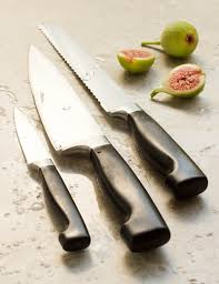 what kitchen knives do i need what kitchen knives do you really need silverman hough