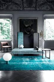 Wohnzimmer Ideen Graue Couch Couch Teppich Faszinierende Auf Wohnzimmer Ideen In Unternehmen
