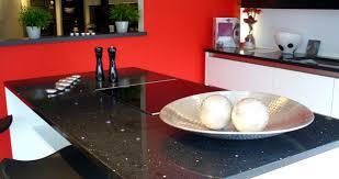 quartz cuisine exemple cuisine quartz noir