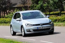 volkswagen golf bluemotion review auto express
