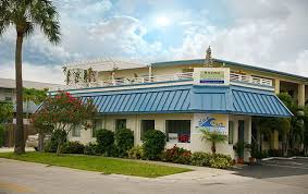 Clearwater Beach Hotels 2 Bedroom Suites Welcome To Blue Wave Motel Suites Vacation Rentals In Clearwater